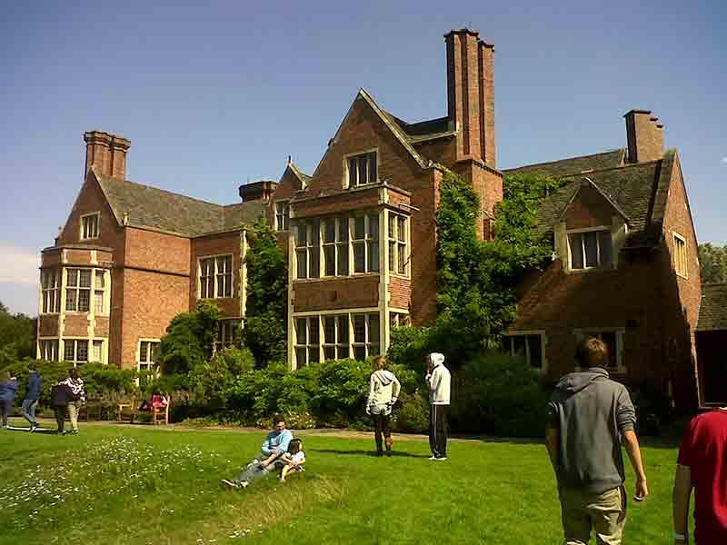 leicester-university-garden